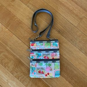 LeSportsac crossbody purse